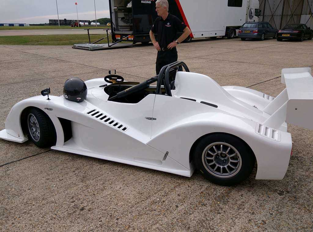 brand new Radical SR1
