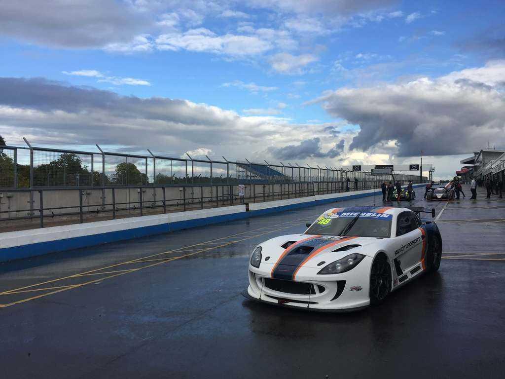 Track Test: Ginetta G55 GT4 with Fox Motorsport