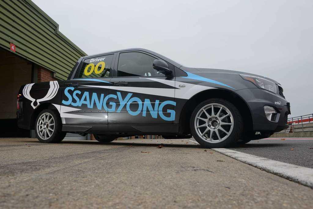 Ssangyong Actyon Racing Car 1