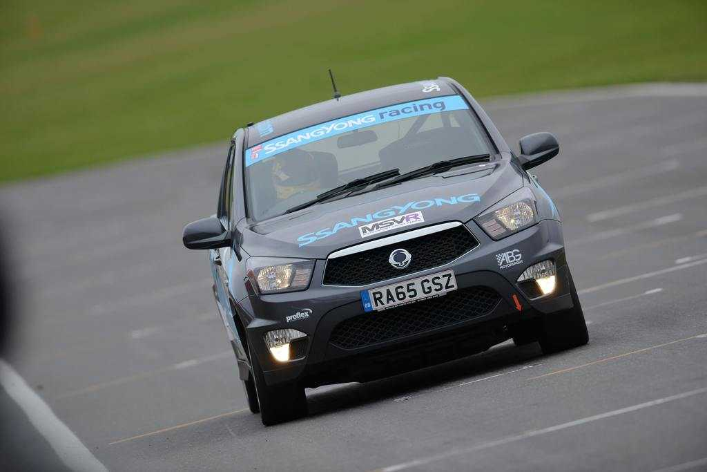 Track Test: SsangYong Musso Pick Up Racing Series