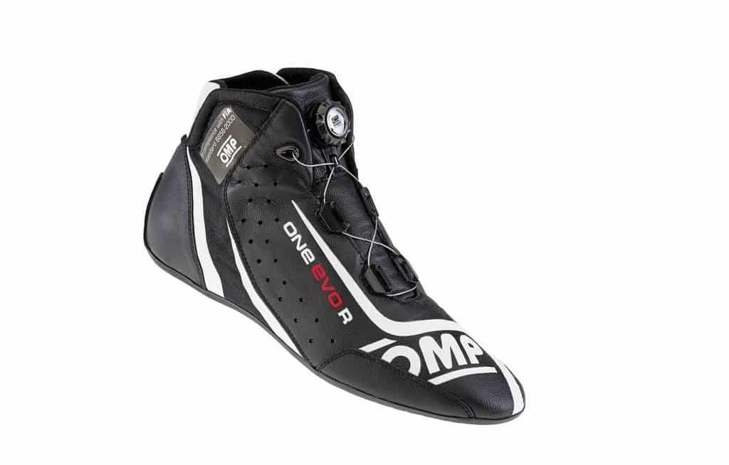 omp-boots-one-evo-formula-r-black-large